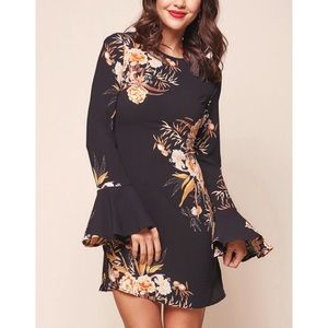 Selfie Leslie NWT Long Sleeve Floral Mini Dress